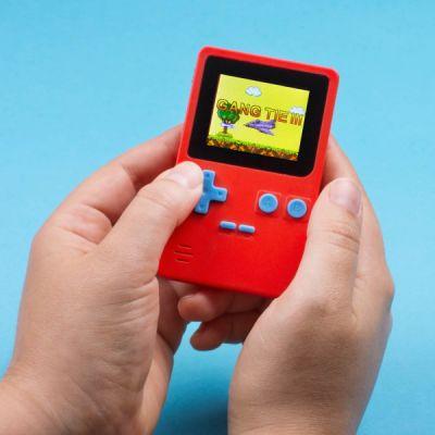 Retro Handheld Konsole mit 152 8bit-Spielen