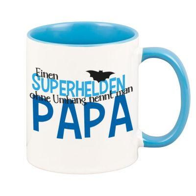 """Blaue Tasse """"Superhelden ohne Umhang nennt man Papa"""""""