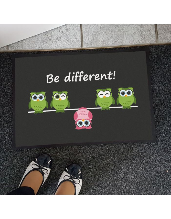 """Fußmatte """"Be different"""""""