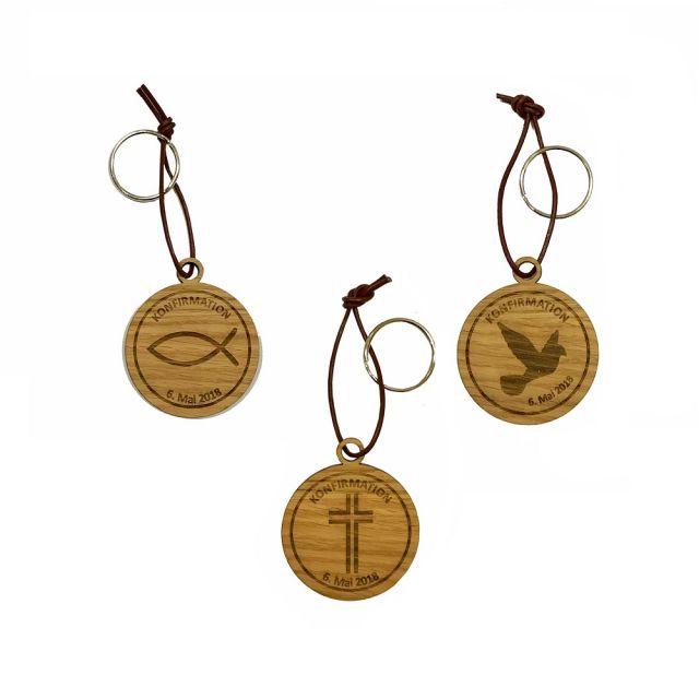 Schlüsselanhänger aus Holz zur Konfirmation - personalisiert (rund)